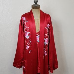 Red ASilk Robe Silk w/ Embroidered Flowers